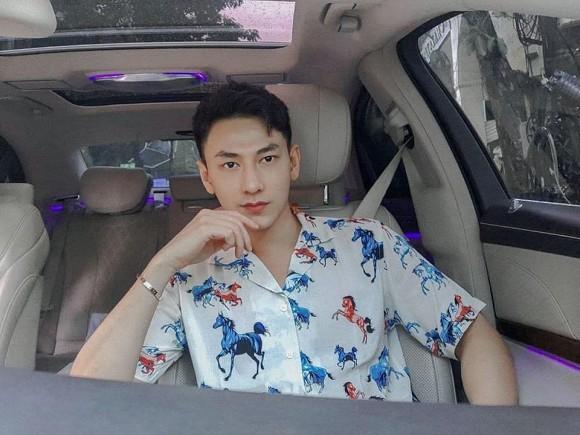 """Showbiz 22/5: Hồ Quang Hiếu chăm """"thả thính"""" hậu chia tay Bảo Anh, Hương Giang tậu xế mới? ảnh 14"""