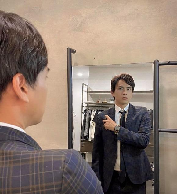 Showbiz 24/5: Hồ Ngọc Hà mang song thai, Hồng Ngọc kể về chuyện bị bỏng nước sôi ảnh 14