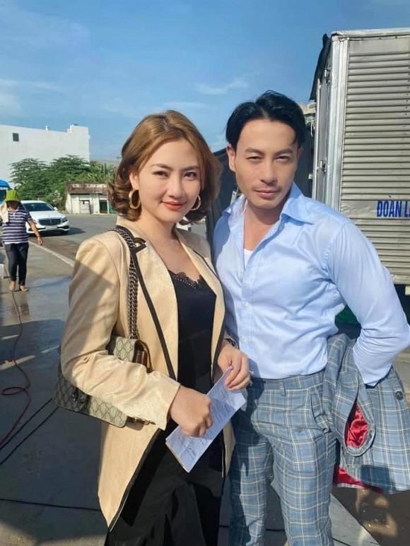 Showbiz 31/5: Yaya Trương Nhi gay gắt với Lương Bằng Quang, Đặng Thu Thảo lộ diện sau sinh ảnh 13