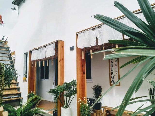 Cặp vợ chồng trẻ bỏ thành phố, lên Đà Lạt xây homestay kiểu Nhật xinh lung linh ảnh 4