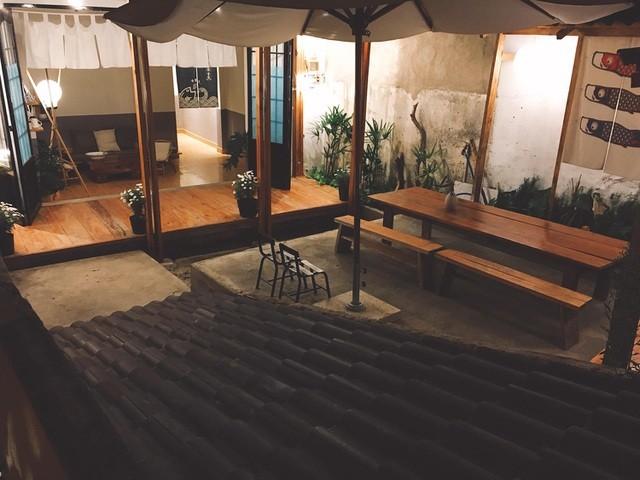 Cặp vợ chồng trẻ bỏ thành phố, lên Đà Lạt xây homestay kiểu Nhật xinh lung linh ảnh 12