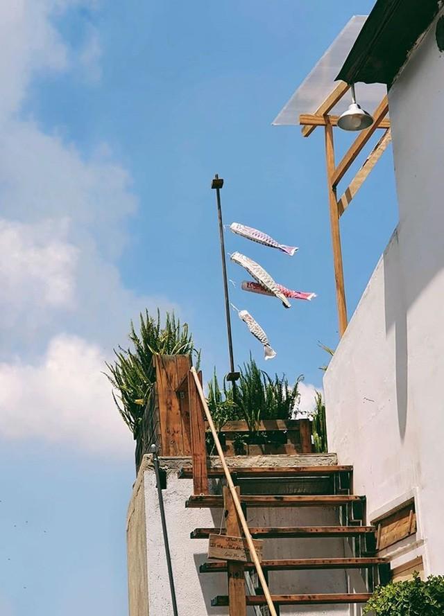 Cặp vợ chồng trẻ bỏ thành phố, lên Đà Lạt xây homestay kiểu Nhật xinh lung linh ảnh 6