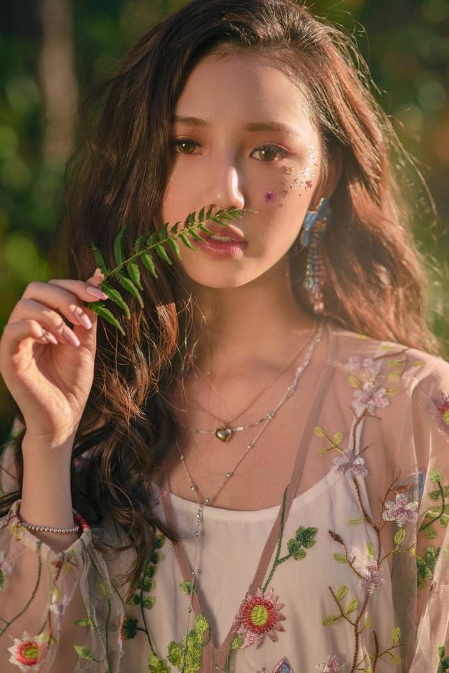 """Amee: """"Ngọc nữ 10X trăm triệu view"""" của V-pop """"si tình nhưng chủ động trong tình yêu"""" ảnh 1"""