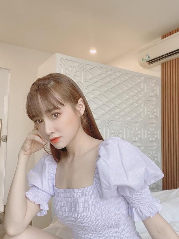"""Showbiz 31/7: Midu hoãn """"kiếm"""" chồng vì COVID-19, Jun Phạm chia sẻ đêm """"chill"""" an toàn ảnh 19"""