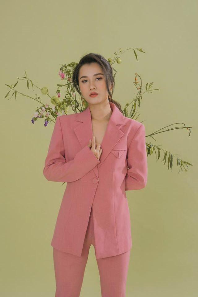 """Lâm Vỹ Dạ chứng minh nhan sắc không phải dạng vừa, Chi Pu bị gọi là """"Dương Mịch Việt Nam"""" ảnh 4"""