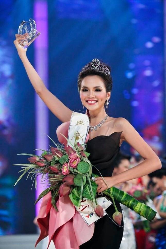 """Lâm Vỹ Dạ chứng minh nhan sắc không phải dạng vừa, Chi Pu bị gọi là """"Dương Mịch Việt Nam"""" ảnh 13"""
