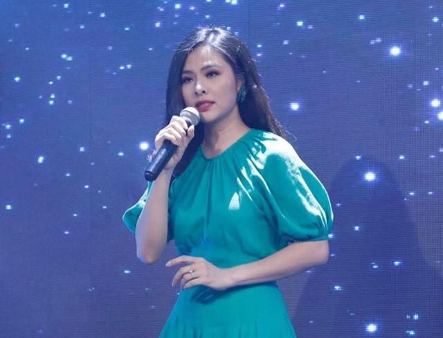 Lã Thanh Huyền đổi kiểu tóc dịu dàng nữ tính. Cao Thái Sơn bất ngờ đăng status tiêu cực ảnh 14
