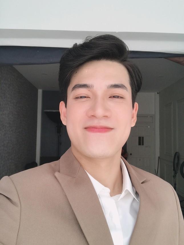 """Minh Thắng:""""Hot boy"""" xứ Huế chuẩn gu """"soái ca"""" trong """"Quý ông đại chiến"""" ảnh 9"""