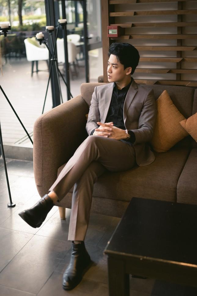 """Minh Thắng:""""Hot boy"""" xứ Huế chuẩn gu """"soái ca"""" trong """"Quý ông đại chiến"""" ảnh 4"""
