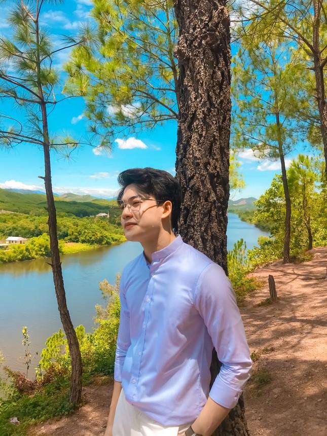 """Minh Thắng:""""Hot boy"""" xứ Huế chuẩn gu """"soái ca"""" trong """"Quý ông đại chiến"""" ảnh 7"""