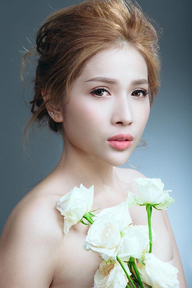 Ngọc Lan xin ứng tuyển làm vợ hoàng tử Brunei; Hoa hậu Kỳ Duyên đọ sắc bên siêu mẫu Hà Anh ảnh 1