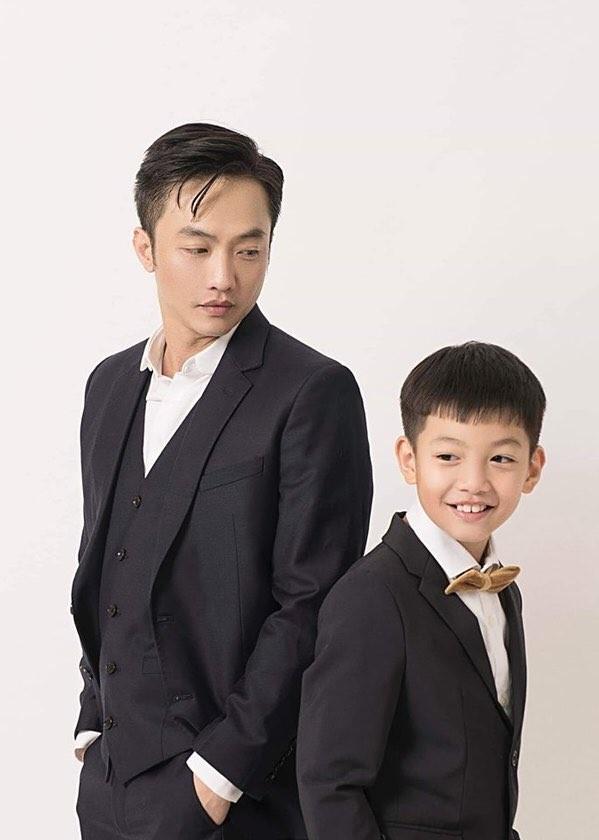 Hồng Diễm bật khóc khi nhận giải thưởng lớn; H'Hen Niê trở thành fan cứng của Sơn Tùng ảnh 19