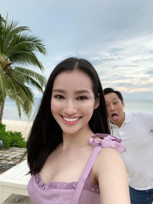 Elly Trần gây bất ngờ vì đổi kiểu tóc; Đặng Thu Thảo được khen quá xinh đẹp dù đã 2 con ảnh 22