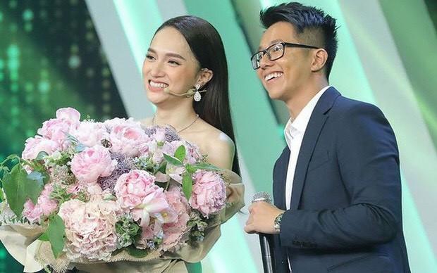 Elly Trần gây bất ngờ vì đổi kiểu tóc; Đặng Thu Thảo được khen quá xinh đẹp dù đã 2 con ảnh 1
