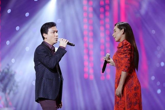 Elly Trần gây bất ngờ vì đổi kiểu tóc; Đặng Thu Thảo được khen quá xinh đẹp dù đã 2 con ảnh 10