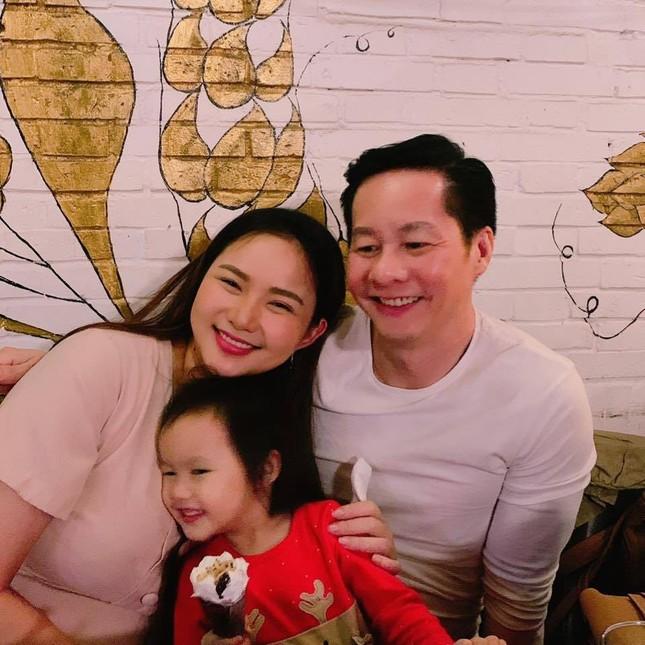 Văn Mai Hương và Thu Thủy lột xác ngoạn mục; Tiến Luật gây quỹ ủng hộ đồng bào miền Trung. ảnh 22