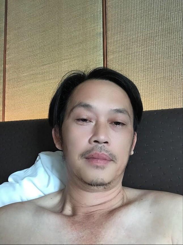 Việt Hương và MC Đại Nghĩa ủng hộ hàng tấn gạo cho miền Trung ảnh 14