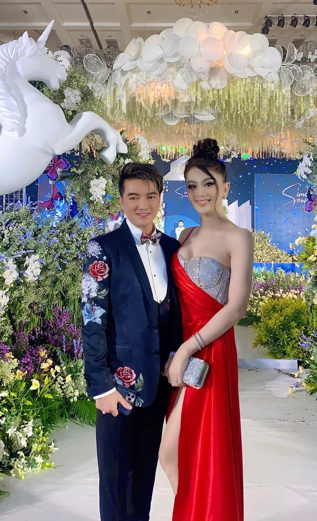 """Đông Nhi khoe ảnh trên bàn mổ; Kaity Nguyễn chia sẻ hậu trường khác lạ """"Tiệc trăng máu"""" ảnh 2"""