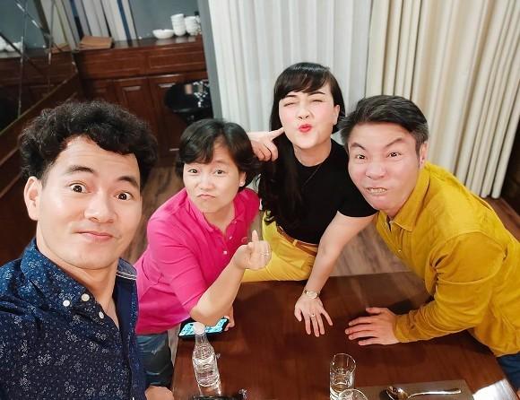 """Thủy Tiên dành thời gian chăm sóc bản thân; Trấn Thành bên quán quân và á quân """"Rap Việt"""" ảnh 3"""