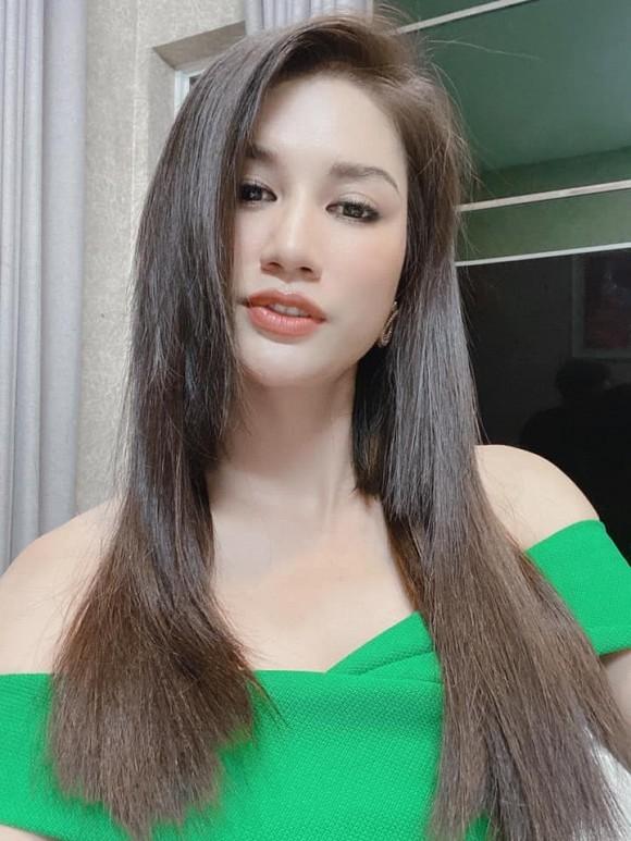 Trang Trần ngày càng nữ tính; Đỗ Mỹ Linh được khen hết lời tại Chung kết Hoa hậu Việt Nam ảnh 11