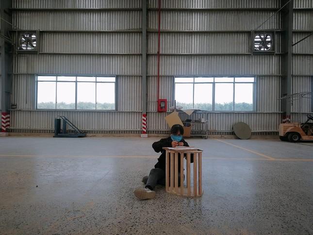 Sinh viên vào nhà máy…làm tác phẩm ảnh 2