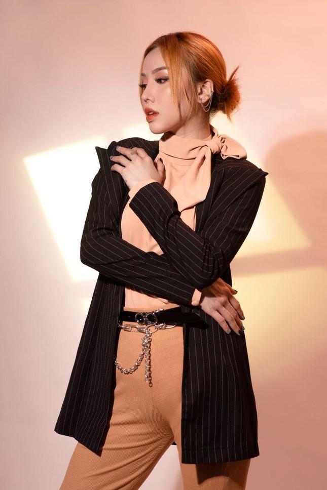 Học trò tung MV debut, 'hit maker' Vương Anh Tú tái xuất với dự án lớn ấp ủ mất 2 năm ảnh 8