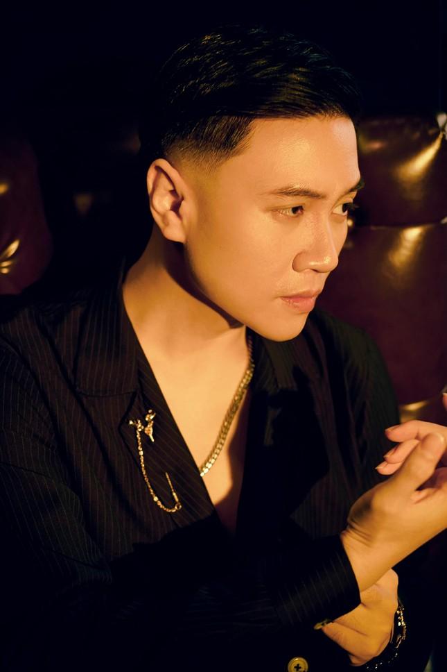 Học trò tung MV debut, 'hit maker' Vương Anh Tú tái xuất với dự án lớn ấp ủ mất 2 năm ảnh 6