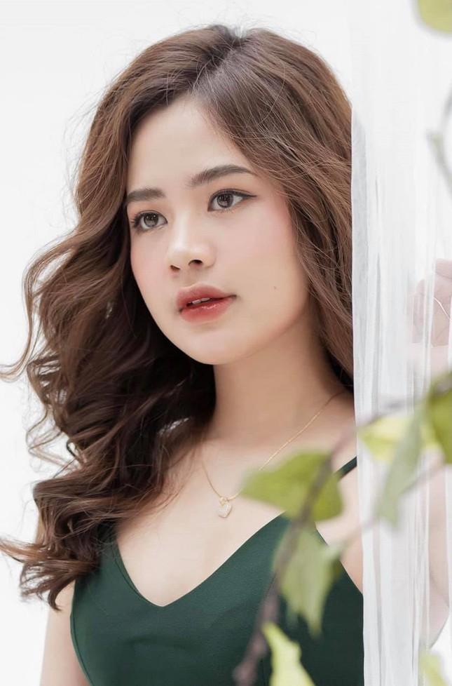 """Vẻ đẹp """"thiên thần"""" của cô gái """"30 under 30"""" châu Á Lê Hàn Tuệ Lâm  ảnh 3"""