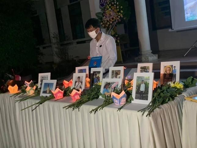 Xúc động lễ tưởng niệm sinh viên Nguyễn Văn Nhã  ảnh 1