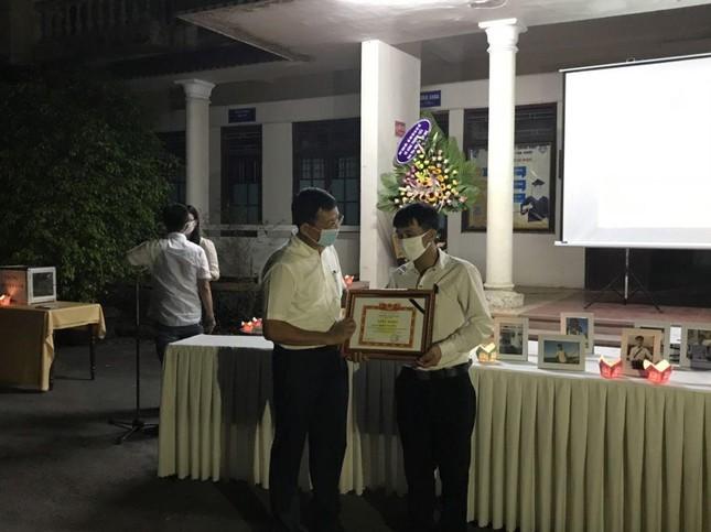 Xúc động lễ tưởng niệm sinh viên Nguyễn Văn Nhã  ảnh 3