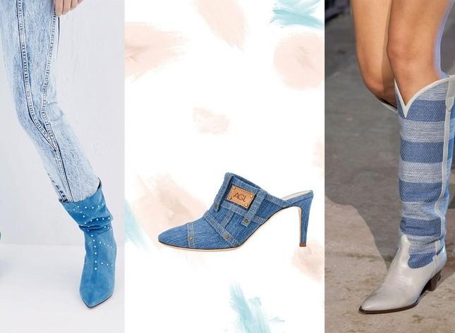 """Denim và đan dệt - hai chất liệu """"hot"""" nhất Xuân Hè năm nay, phủ sóng đến cả xu hướng giày ảnh 3"""