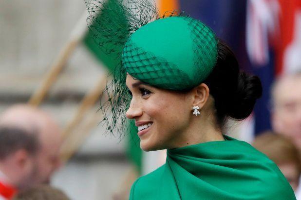 Vì sao từ nay Kate Middleton vẫn tiếp tục được đội mũ, nhưng Meghan Markle thì không?  ảnh 4