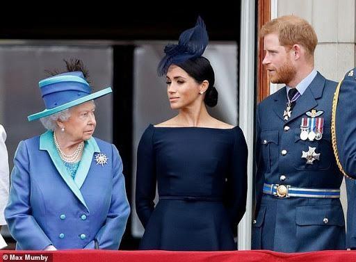 Vì sao từ nay Kate Middleton vẫn tiếp tục được đội mũ, nhưng Meghan Markle thì không?  ảnh 1