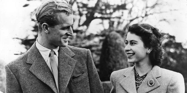 5 bí quyết giúp hôn nhân của Nữ hoàng Elizabeth II và Hoàng thân Philip bền vững 70 năm ảnh 2