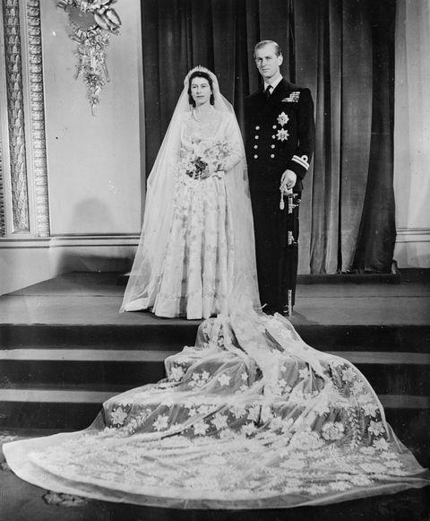 5 bí quyết giúp hôn nhân của Nữ hoàng Elizabeth II và Hoàng thân Philip bền vững 70 năm ảnh 12