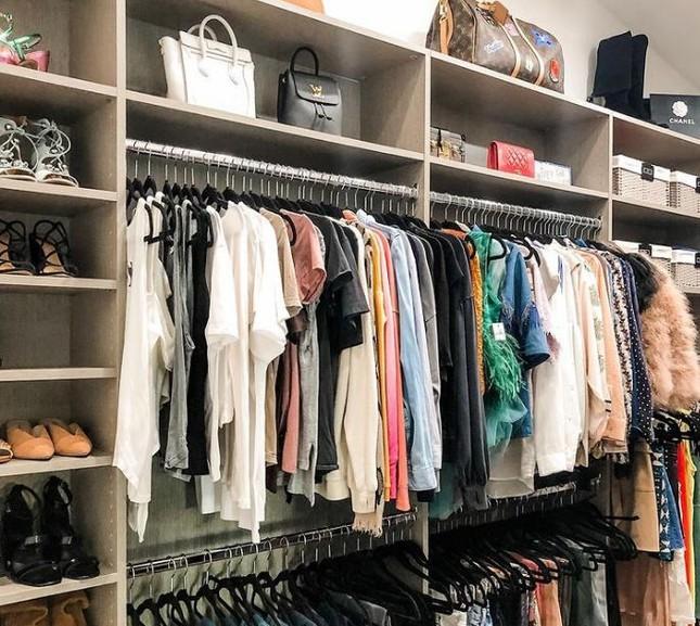 """Dành cho """"hội người lười"""": Cách sắp xếp tủ quần áo vừa nhanh gọn vừa đỡ mỏi lưng ảnh 6"""