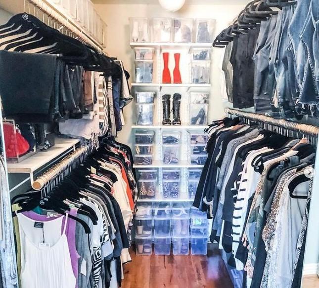 """Dành cho """"hội người lười"""": Cách sắp xếp tủ quần áo vừa nhanh gọn vừa đỡ mỏi lưng ảnh 4"""