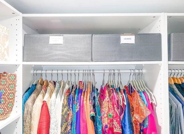 """Dành cho """"hội người lười"""": Cách sắp xếp tủ quần áo vừa nhanh gọn vừa đỡ mỏi lưng ảnh 5"""