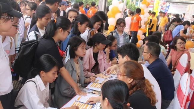 Điểm xét tuyển thi THPT năm 2020 vào nhiều ngành tại ĐH Đà Nẵng tăng 1-3 điểm  ảnh 1