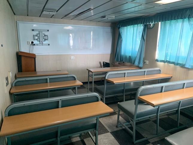 """Sinh viên trường ĐH Hàng hải Việt Nam sẽ học trên tàu """"5 sao"""" do Hàn Quốc trao tặng ảnh 3"""