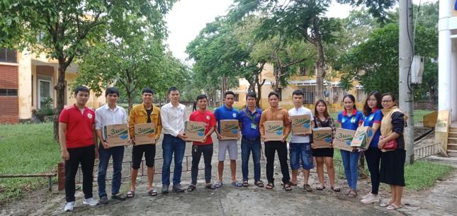 Các trường đại học tại Huế, Đà Nẵng đảm bảo đời sống cho sinh viên mùa mưa bão  ảnh 2