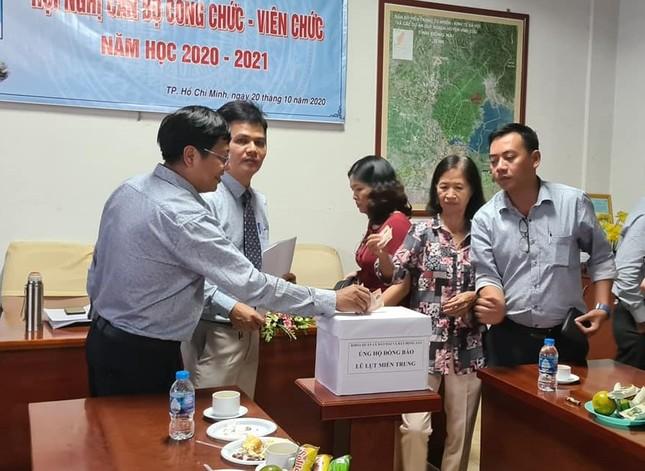 Thêm nhiều trường ĐH, CĐ tại TP. HCM hỗ trợ sinh viên vùng bị bão lụt ảnh 1