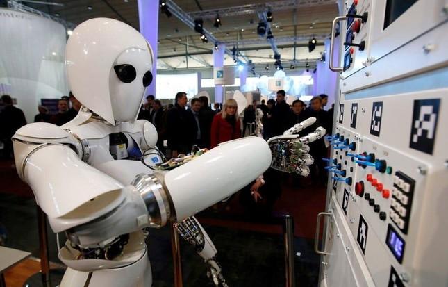 """Robot sẽ """"cướp"""" việc làm của 85 triệu người trong 5 năm tới ảnh 1"""