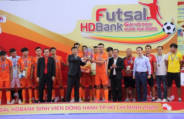 Trường ĐH Nông Lâm TP. HCM vô địch giải Futsal Sinh viên TP. HCM 2020 ảnh 1