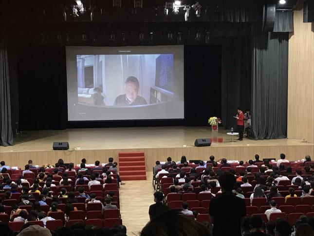 """""""Ngày hội Toán học mở 2021"""" thu hút gần 3000 sinh viên, học sinh ảnh 1"""