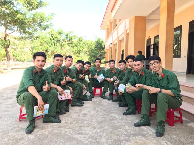 22 cử nhân trường ĐH Bách khoa (ĐH Đà Nẵng) thành Sĩ quan dự bị.  ảnh 2