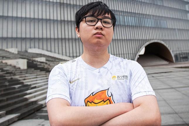 Chàng trai bỏ học thành game thủ quốc tế, thu nhập gần 6 tỷ đồng/tháng ảnh 2