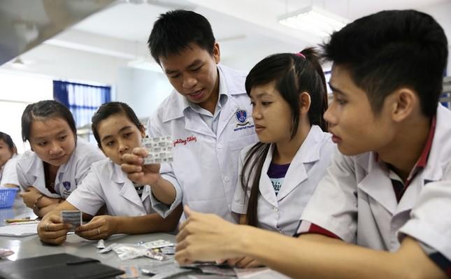 """Sinh viên trường ĐH Y khoa Phạm Ngọc Thạch """"nghỉ Tết"""" đến hết tháng 3/2021 ảnh 1"""