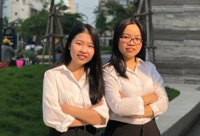 Hai sinh viên trường ĐH Kinh tế TP. HCM sẽ tranh tài Phiên tòa giả định thế giới 2021 ảnh 1
