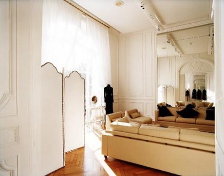 Người giàu không ít, nhưng vì sao chỉ có khoảng 4000 phụ nữ được sở hữu đồ Haute Couture? ảnh 11
